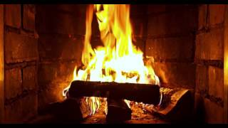 Fireplace in HD / 4K with crackling sound (3 hours)