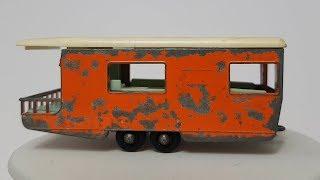 MATCHBOX Restoration No 23d Caravan 1965 & no 34b VW Caravette 1962