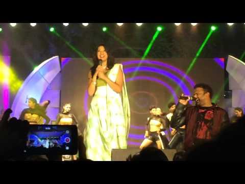 Pakka local song performance by geetha madhuri and sagar
