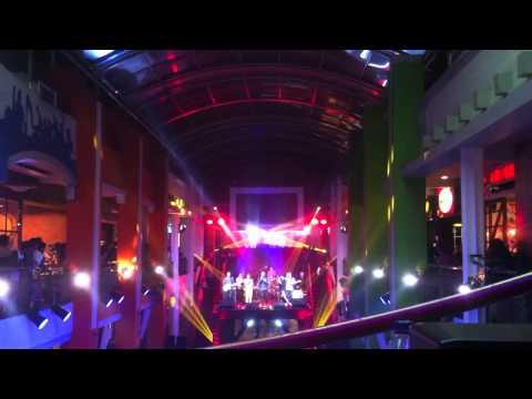 RAN Feat Tulus - Kita Bisa (Live at Jazzy Nite Citos)