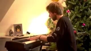 Jan Meyer ( ApeCrime ) spielt Klavier 2