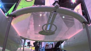 Hobie H + : Starck attaque avec un catamaran super design !