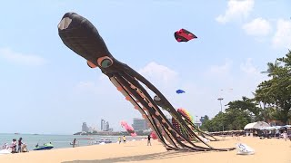 Kite-flying highlights beach festival in Thailand's Pattaya