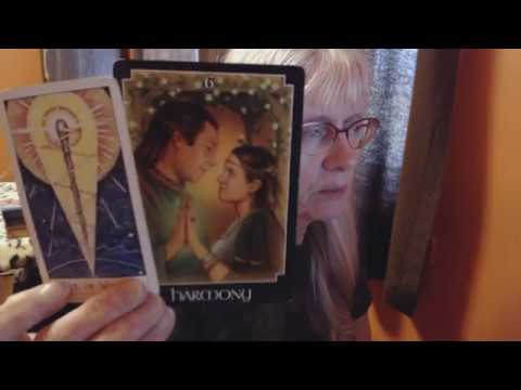 AQUARIUS MID JANUARY 2018 A new love connection!