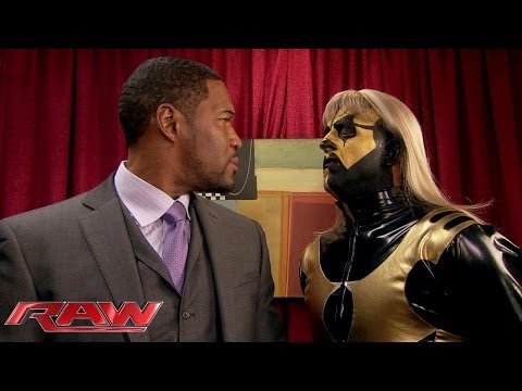 Super Bowl Champion Michael Strahan signs autographs for WWE Divas: Raw, Nov. 25, 2013