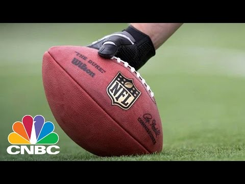 Twitter's Friday NFL Stats Disappointing | Closing Bell | CNBC