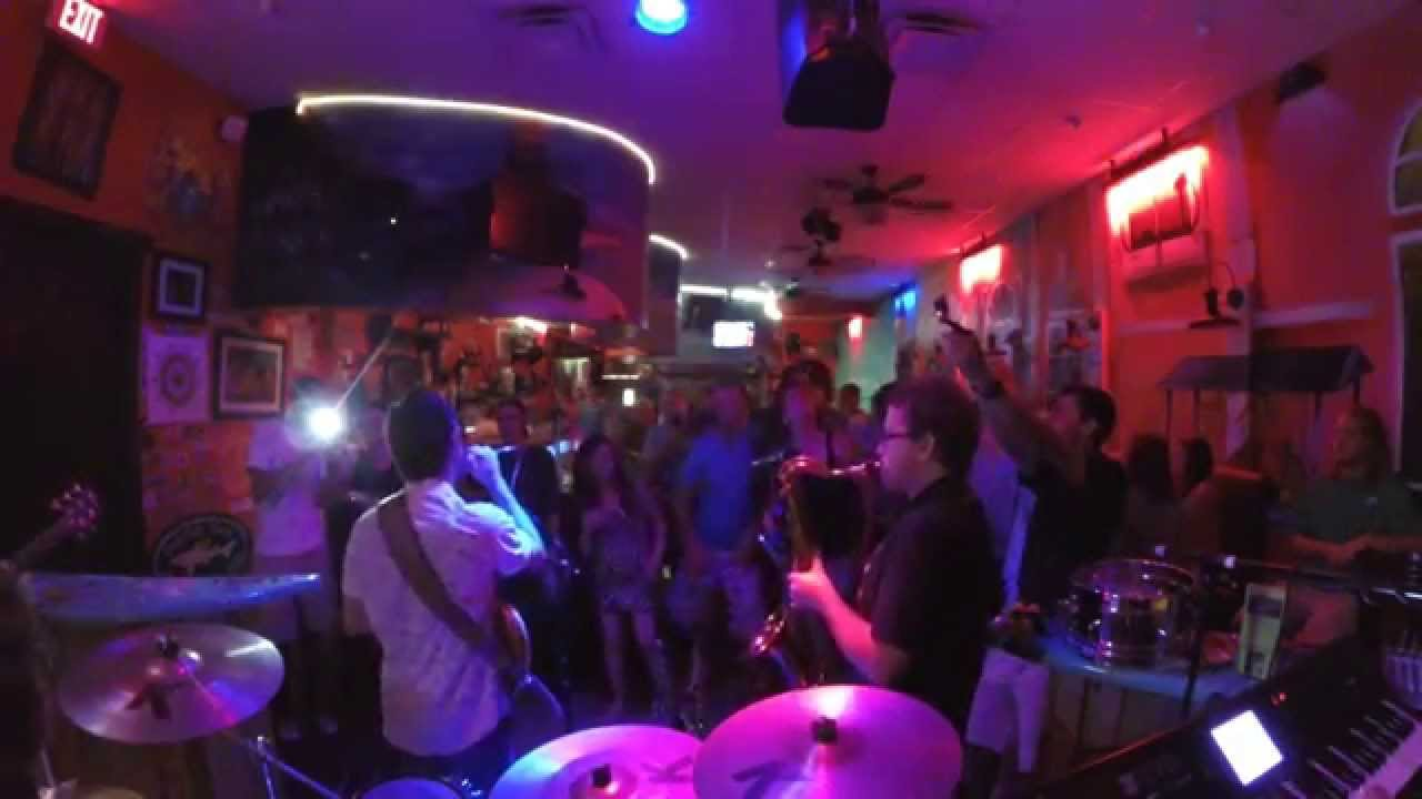 Uptown Funk By Mark Ronson (Feat. By Bruno Mars) [Full Band Cover] LIVE