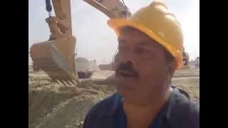 عامل حفر بقناة السويس يعبر عن فخره بالعمل أغسطس 2014