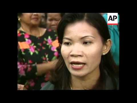 THAILAND: ELECTION COMMISSION BUILDING: DEMONSTRATORS