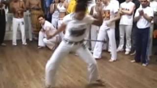 Introducing Contra-Mestre Jo - Capoeira