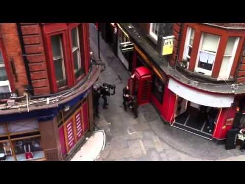 Jason Statham shooting a scene downatairs - Soho, London