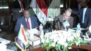 توقيع برتكول بين وزير الزراعة ونظيره السودانى
