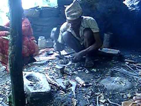 Nepali Blacksmith Part 1: rehafting and reforming ...