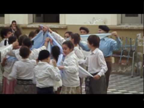 Baile del 9 de julio pericon nacional youtube for Gimnasio 9 de julio