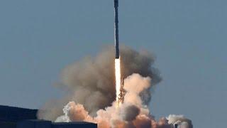 SpaceX успешно посадила ступень ракеты на морскую платформу(Тяжелая ракета-носитель Falcon 9 с телекоммуникационными спутниками Iridium NEXT успешно стартовала с базы америка..., 2017-01-14T22:35:36.000Z)