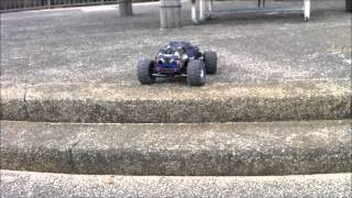 Traxxas Summit (Waterproof) Brushless First Test
