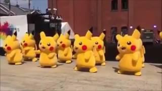 피카츄 단체공연