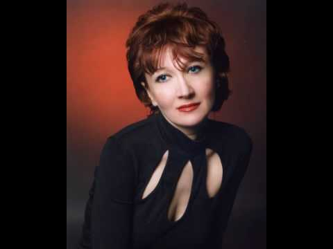 Tatiana Ilina mezzo soprano - Der Nussbaum [Schumann]