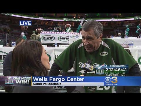 Trang Do Chats With Angelo Cataldi At Wing Bowl 26