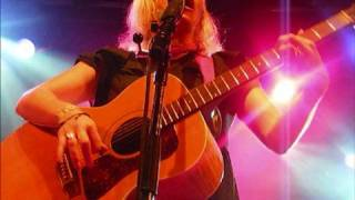 Watch Martha Wainwright Lolita video