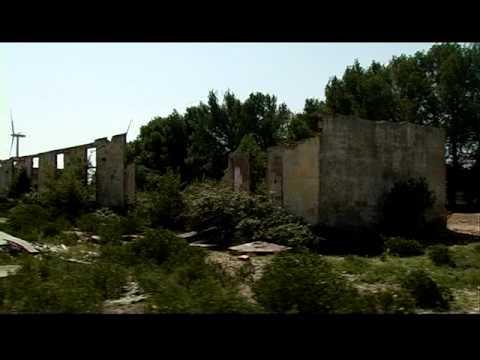 Un camp, cinq stèles, 2009, documentation et vidéo 60 min, extrait 1 (1ère à 9ème min.)