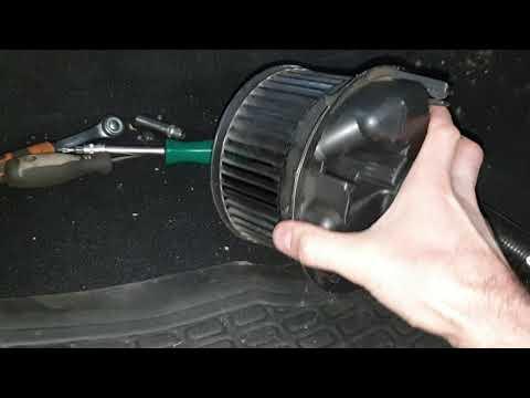 Замена мотора отопителя рено логан 1 с минимальным разбором