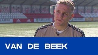 VAN DE BEEK |