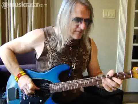 Steve Morse demonstrates his signature guitars
