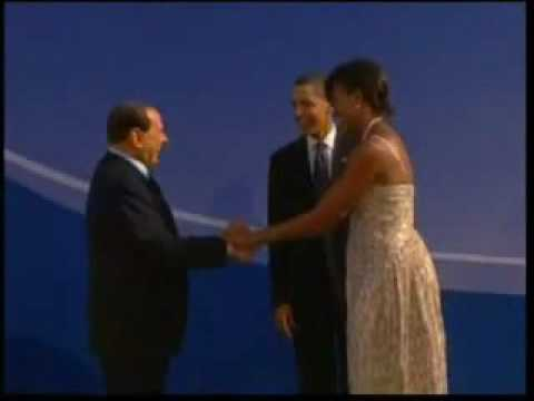 Michelle Obama keeps Silvio Berlusconi at arm's length at G20