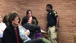 Vermilion Parish teacher gets arrested at Vermilion Parish school  board meeting