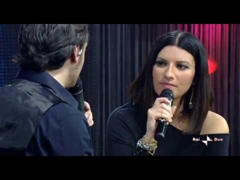 Tiziano Ferro intervIsta Laura Pausini (DUE)