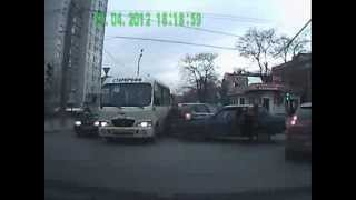 NEW scary fast car and bus accident in Russia!!Citroen C3 crash!Lada crash!ДТП авари