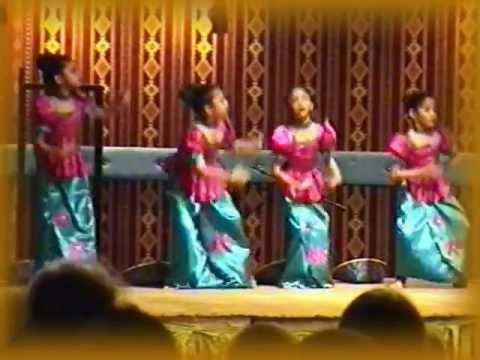 Kids Dance - Riyadh Avurudu Celebrations 2012