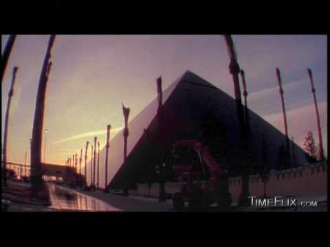 Luxor Hotel Time-lapse Of Building