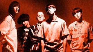 Watch Inspiral Carpets Gimme Shelter video