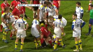 Nathan Hines showed how to hold three Ulster forwards on the floor