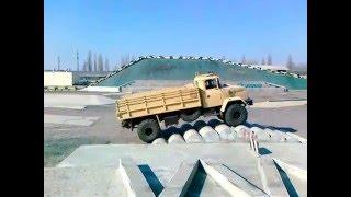 Автомобиль КрАЗ 4х4(Этот ролик обработан в Видеоредакторе YouTube (https://www.youtube.com/editor), 2016-02-17T12:29:07.000Z)