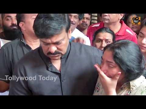 Chiranjeevi Pays Homage to Devadas Kanakala | Rajeev Kanakala | Suma | Tollywood Today