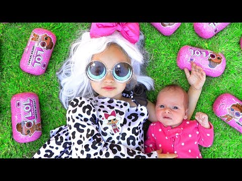 Maya Dress Up & LOL Surprise Dolls