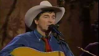 Ian Tyson talks to Jerry Jeff Walker and sings Summer Wages (Austin 1991)