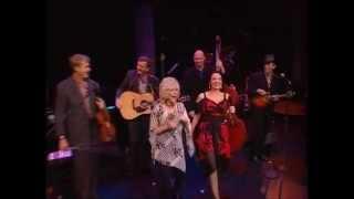 Crystal Gayle - Blue Moon Of Kentucky (Nashville 2006)