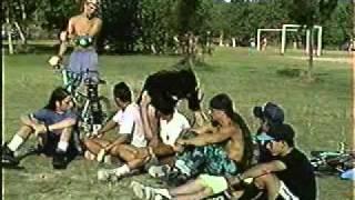 Freddy y Escuelita de Blocke - Flat y Dirt - 13-02-1994.mpg