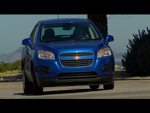 Car Tech - 2015 Chevrolet Trax LS