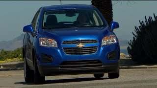 Car Tech - 2015 Chevrolet Trax LS