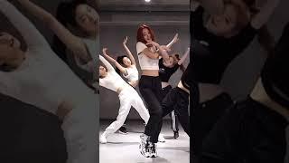 YUNA FOCUS ITZY DALLA DALLA DANCE PRACTICE