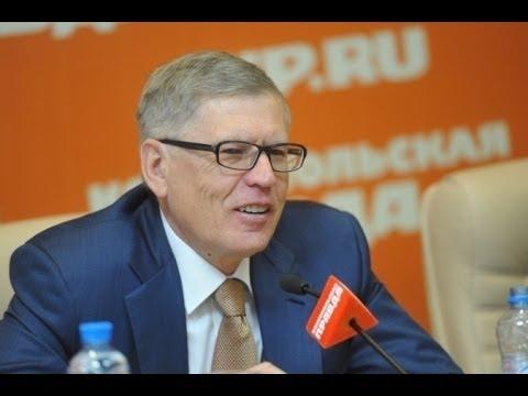Патриотизм в России - надежда на спасение страны или попытка нажиться на государственном бюджете?