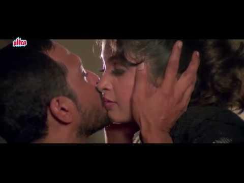 Kissing Scene of Nana Patekar & Ramya Krishnan Romantic Scene