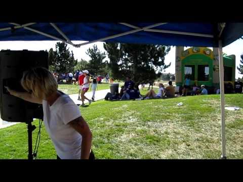 Q-Man-Race-for-Autism-Highlands-Ranch-High-School-DJ-All-Decades-DJ.MOV