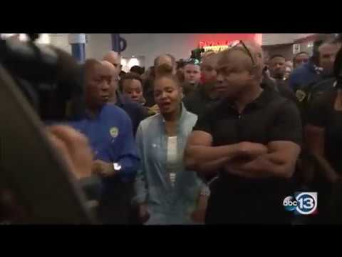 Janet Jackson visits Hurricane Harvey victims at George R. Brown Convention Center in Houston