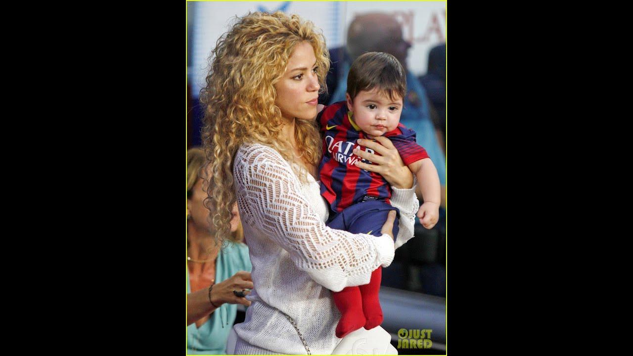 Shakira Cheers on Boyfriend Gerard Pique With Sons Milan ... Shakira Instagram